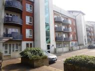 Apartment to rent in Park Lane, Croydon