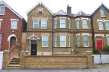 2 bedroom Apartment to rent in Epsom Road, Croydon