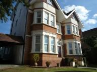 Russell Hill Ground Flat to rent