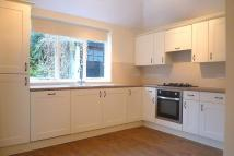 4 bed Ground Flat in Spencer Road...