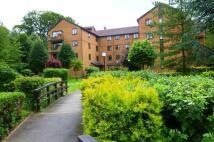 2 bedroom Apartment to rent in Campion Close, Croydon