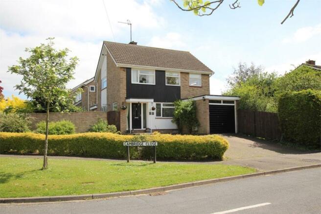 3 Bedroom Detached House For Sale In Cambridge Close Langford Bedfordshire Sg18