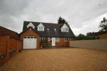 3 bed Detached house in Cambridge Road, Langford...