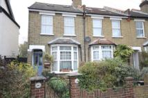 3 bed End of Terrace home in Ravenswood Road, Croydon...
