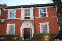 4 bedroom Flat in Northcote Avenue, London...