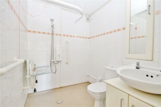 Bath/Wet Room