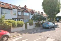 4 bed property in Commonside East, Mitcham...