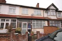 5 bedroom Terraced house in Robinhood Close, Mitcham...