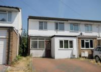 3 bed End of Terrace property in Dinsdale Gardens...
