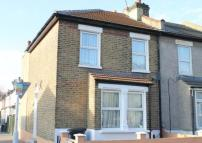 End of Terrace house for sale in Farnley Road...