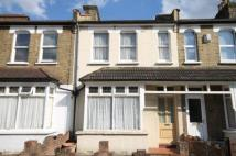 3 bed Terraced house in Woodside Road, London...
