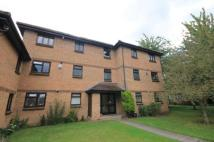 1 bed Flat in Vicarage Way, Colnbrook...