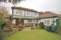 6 bed Detached home in Feltham Hill Road...