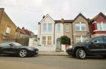 Maisonette for sale in Fallsbrook Road, London...