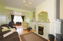 4 bed semi detached house for sale in Hanworth Road, Whitton...