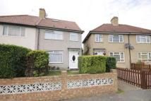 4 bed semi detached home in Winslow Way, Hanworth...
