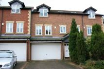 Town House for sale in Guardians Court...
