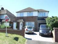 5 bedroom Detached home in Abbots Road...