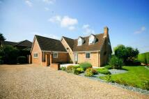4 bedroom Detached house in Bury Road, Kentford, CB8