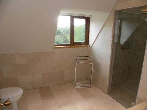 Full En Suite Shower