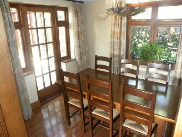 Dining Room to Conse