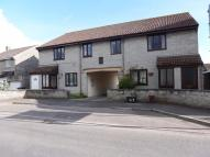 2 bedroom Flat in Somerton, Somerset, TA11