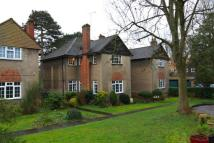 3 bedroom Flat in Lindeth Close, HA7