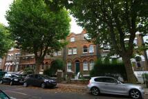 Flat in Brondesbury Villas...