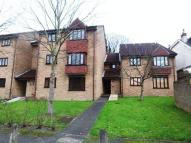 Apartment in Whyteleafe £800 PCM