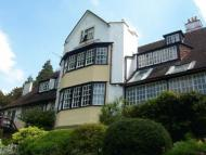 WOLDINGHAM Apartment to rent