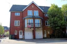 4 bed Town House in Barquentine Place...