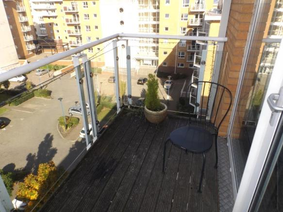 Balcony Off Master B
