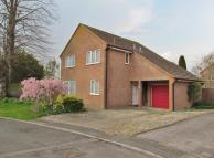 4 bedroom Detached property to rent in Easterfield, Grove...