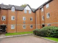 2 bedroom Apartment in Radnor House, READING...