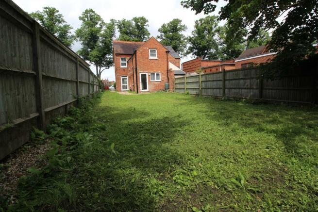 4 Kentwood Hill02.JP