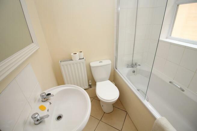 64 Lower Field Road - Bathroom.JPG
