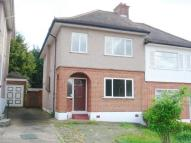 4 bed semi detached home to rent in Collier Row, Romford