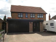 4 bed Detached house for sale in Collier Row, Romford
