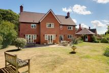 5 bedroom Detached house in Whitegate Road Winsford