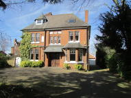 8 bed Detached home for sale in Beach Road, Hartford