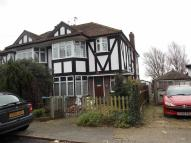 2 bedroom Flat to rent in Kenmere Gardens, London