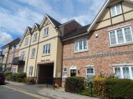 Apartment to rent in Rosslyn Crescent, Harrow...