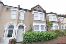 4 bed Terraced home in Hathaway Road, Croydon