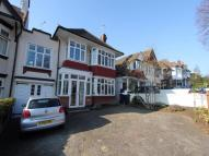 Link Detached House in Chalkwell Avenue...