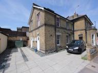 Flat to rent in 144-146 London Road...