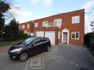 5 bedroom semi detached property in Southbourne Grove...