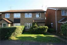 3 bed semi detached home to rent in Paddock Close...
