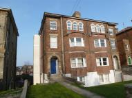 2 bed Flat to rent in Cliff Road, Dovercourt...