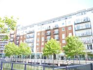 Flat to rent in Gunwharf Quays...