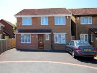Detached house in Hazelton Close ...
